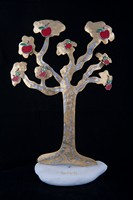 Η κόκκινη μηλιά